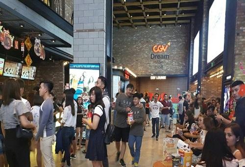 Người Việt chi hơn 2.700 tỷ đồng mua vé xem phim tại CGV trong năm 2017