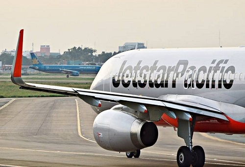'Quả tạ' Jetstar Pacific khiến Vietnam Airlines không thể bay cao?