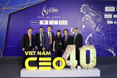 """Vietnam CEO Forum  VI: """"Lướt Trên Cơ Hội Hay Chìm Trong Thách Thức"""