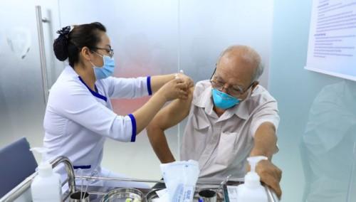 Chiến lược vắc xin ngừa Covid-19: Nên cho phép các tổ chức lớn tham gia